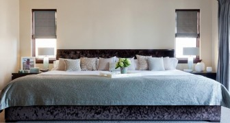 O espaço na cama é muito pequeno? Uma empresa criou um colchão onde cabe toda a família!