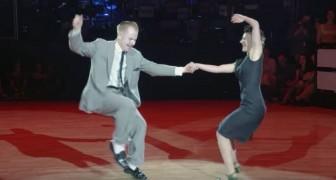 Der Tanz dieser Jungs zu den Noten des berühmten Songs Dirty Dancing versetzt das Publikum in Raserei