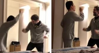 O pai começa a dançar com o filho autista: você não vai conseguir conter a emoção!