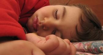 Mettere i figli a letto presto fa bene alla salute mentale dei genitori, lo confermano i pediatri