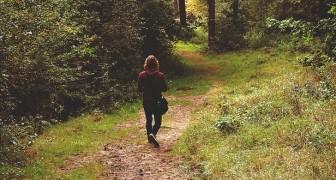 Camminare aiuta a rigenerare il cervello: allontana le preoccupazioni e cura lo stress