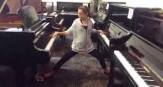 Uma menina de 12 anos entra em uma loja de pianos e se diverte