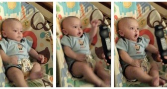 The reaction of this child in front of the remote control is amazing !