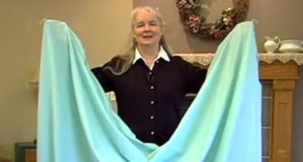 Finalmente revelado el secreto para doblar las sábanas con elástico en las esquinas!