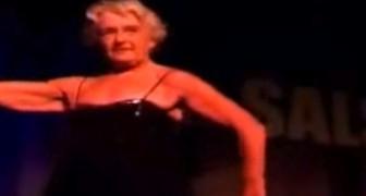 Cette mamie est la preuve que danser est bon pour la santé. Un phénomène!
