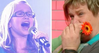 A little girl takes on the stage of the voice, a few seconds later the audience goes CRAZY !