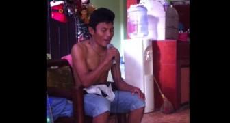 Um menino pega o microfone durante karaokê: seu talento é chocante!