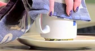 Elle mélange quelques ingrédients dans une tasse : quand elle la retourne... WOW!