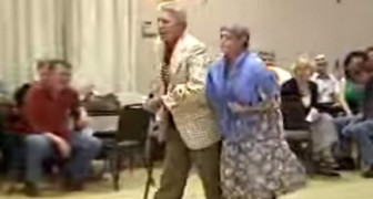 An elderly couple hit the dance floor: their performance is HILARIOUS !