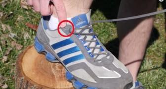 Você sabe porque os tênis têm um furo a mais?