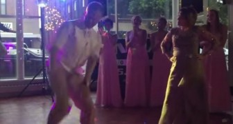 The music starts: this dance-off between the groom and his mother is overwhelming!