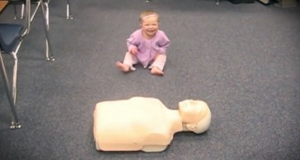 They put a CPR dummy in front of this baby girl: now look what she's capable of doing!