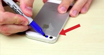 He puts tape on the phone and colors it: what he does is shocking!