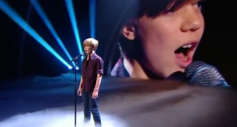 He's only 12, and has a thrilling voice: the POWER of his song makes the audience scream !