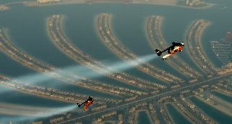 2 men jump in the sky of Dubai with a jetpack: their FLIGHT will make you hold your breath !