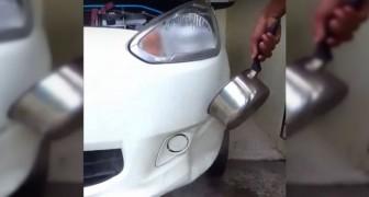 Il verse de l'eau bouillante sur la voiture... C'est de la folie? Non, une astuce GÉNIALE!