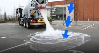 Une citerne décharge des litres et des litres d'eau sur un asphalte aux propriétés étonnantes