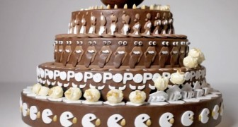 Paree una torta normal, pero cuando comienza a girar el efecto es fenomenal!