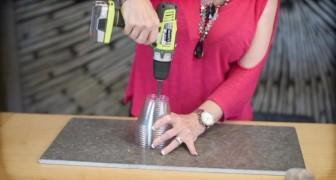 Comienza perforando los vasos de plastica...increible es lo que logra hacer!