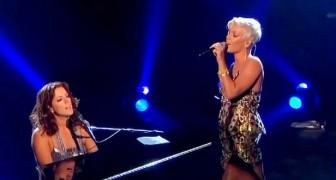 In dit aangrijpende duet staat de krachtige stem van Pink de stem van de talentvolle Sarah McLachlan bij