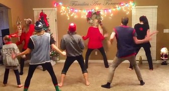 A family gets ready in the living room: as soon as the music starts... watch this !