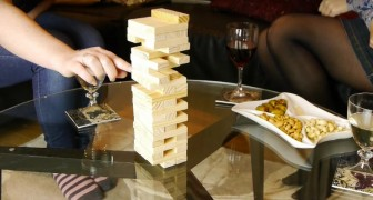 Everybody knows this table game, but here is a trick to make it special!