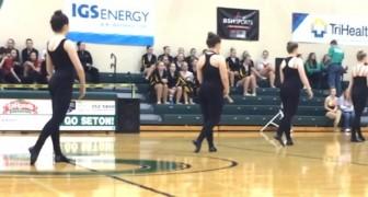 4 bailarinas se preparan en fila: cuando vean quien se une a ellas la emocion sera unica