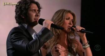 Habian cantado juntos cuando èl tenia 17 años: el duo es todavia encantador