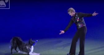 Una donna e il suo cane scendono in pista... Quello che fanno insieme è stupefacente