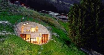 Entre le primitif et le moderne... Cette maison sous terre va vous surprendre!