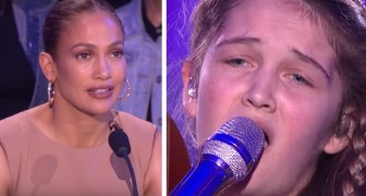With her voice and her unusual instrument -- this 15-year-old girl enthralls the public and judges....