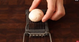 He puts a champignon mushroom in an egg slicer?! The reason? Simple but brilliant!