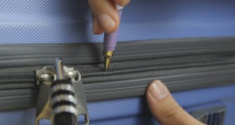 Insert the tip of a pen into a zipper opening --- the reason is very useful to those who have little memory!