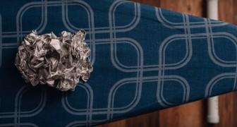 Pone una hoja de aluminio sobre la tabla de planchar: aqui un truco salva-tiempo...y dinero!