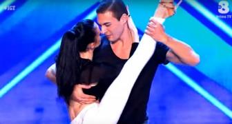 Twee dansers betreden het podium: hun bachata doet iedereen versteld staan