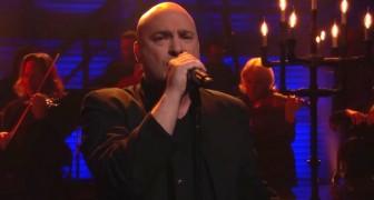 Eine Heavy Metal-Band singt einen berühmten Song: So habt ihr ihn noch nie gehört