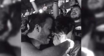 Er bringt seinen autistischen Sohn zum Coldplay-Konzert: Die Emotion ist unbeschreiblich