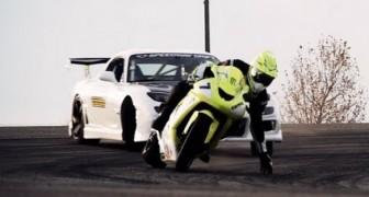 Kawasaki ZX10 vs Corvette RX7 - Drifting!