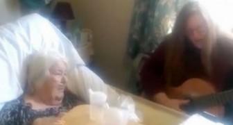 Elle dédie à sa mère malade une chanson célèbre: ce qu'elle va faire va vous émouvoir