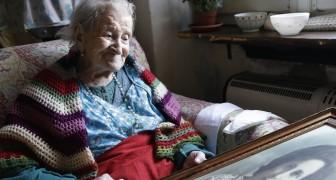 La plus vieille femme du monde révèle son secret de la longévité. Et ce n'est pas l'alimentation...