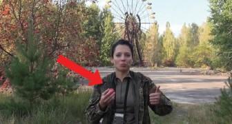 Si reca a Chernobyl e mangia mele contaminate per un motivo ben preciso. Cosa ne pensi?