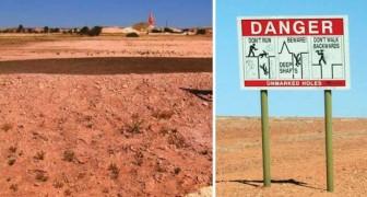 Cette plaine est pleine d'interdictions et de nids de poule. Qu'est-ce qu'il y a sous le sol? Un village entier!