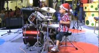 Bambino prodigio alla batteria