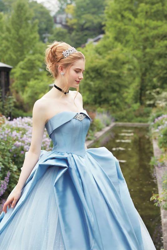 af177ad359d6 Disney  la prima collezione di abiti da sposa ispirati alle principesse