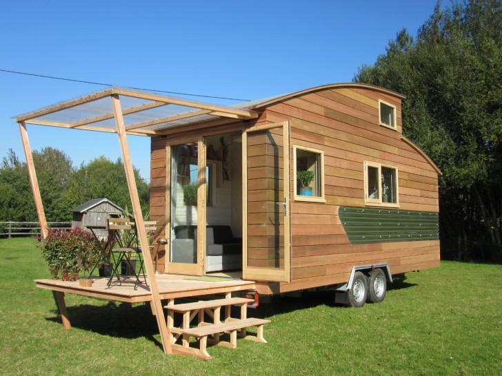 Una casa mobile per viaggiare e vivere con ogni comfort for Cucinare anni 60