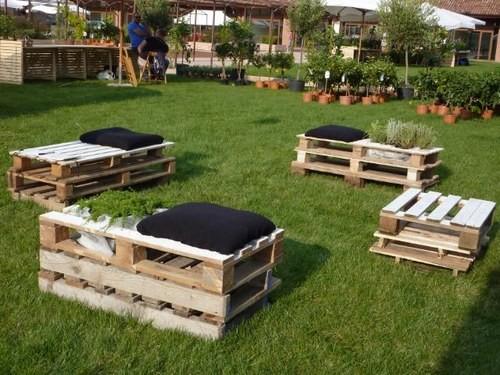 Dentro e fuori casa alcune idee per arredare con stile for Idee giardino con pallet