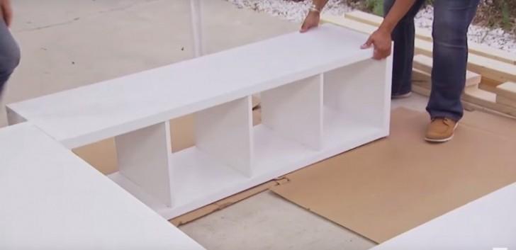 aus 3 ikea regalen wird eine geniale und h bsche idee um extra stauraum unter dem bett zu. Black Bedroom Furniture Sets. Home Design Ideas