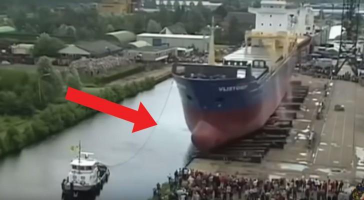 Habt ihr jemals den Stapellauf eines großen Schiffes gesehen? Es ist unheimlich beeindruckend!