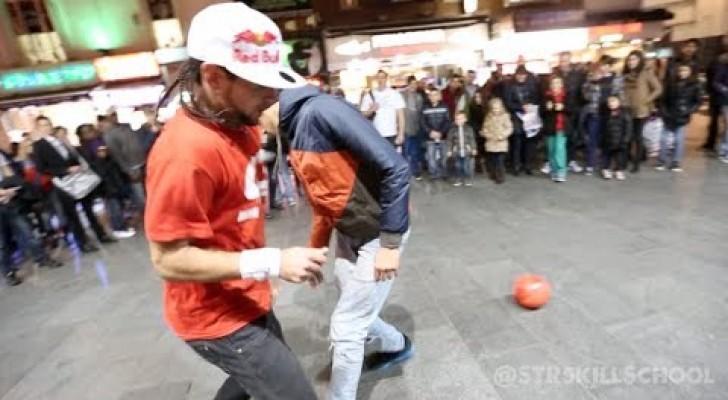 Vediamo se riesci a togliermi la palla