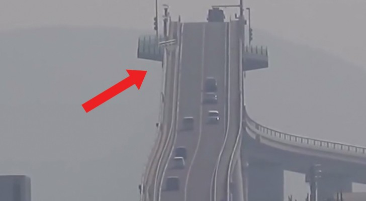 A ponte com uma pendência tão grande que vai fazer você ficar tonto!